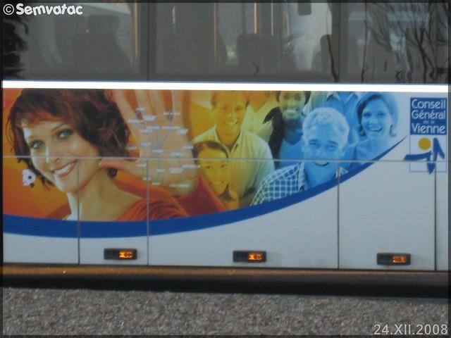 Irisbus Crossway – Veolia Transport – Poitou-Charentes / Lignes en Vienne