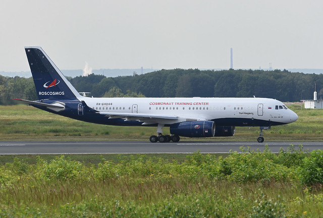 Roscosmos Tupolev Tu-204-300 RA-64044 Yuri Gagarin Юрий Гагарин