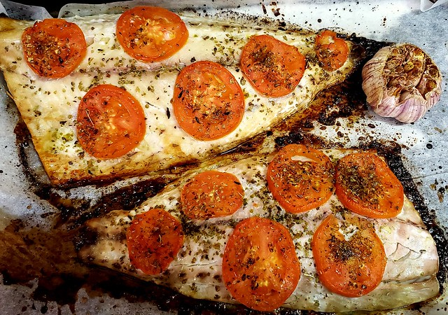#170720 #almoço #anchova #assada #lunch #roasted #fish