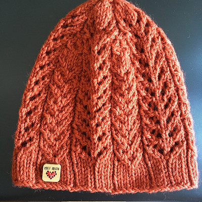 Sandi (sandima) knit this Cumulonimbus Beanie test knit for Settlers Grove Designs. Check out the Made with Love tag by Katrinkles!