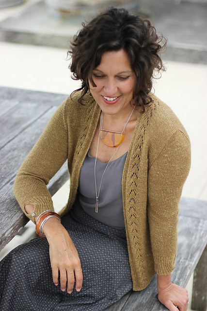 Huia by Libby Jonson (Truly Myrtle) knit using The Fibre Company Meadow in the colourway Prairie.