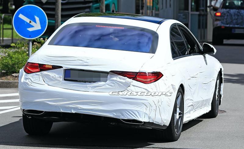 2021-Mercedes-Benz-S-Class-spy-shots-9