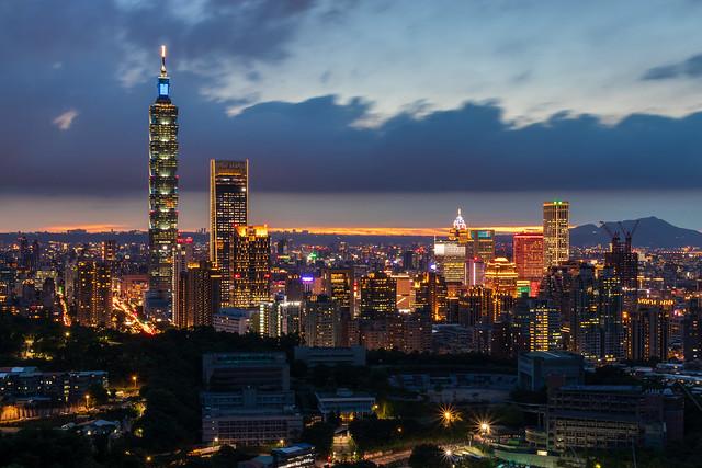 虎山峰-台北101夜景