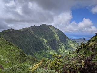 View from the top of the Koolau Mountain Range