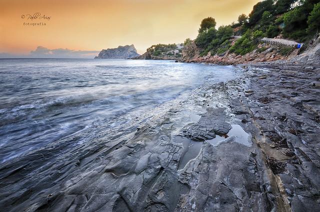(071/20) La playa rocosa