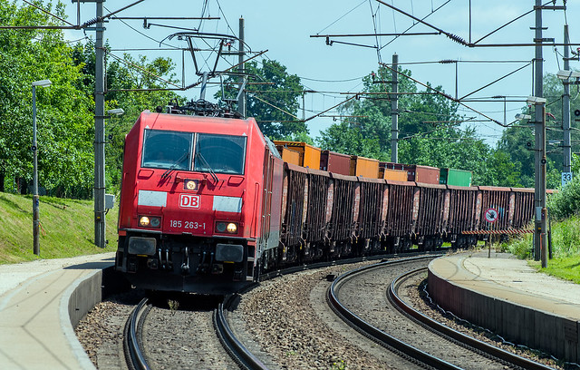 An unusual container train