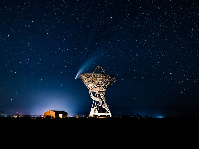 Missed Rimshot... Comet NEOWISE Over a NRAO Radio Telescope