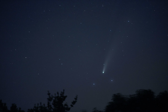 Comet NEOWISE_5726