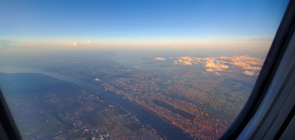 Flying into New York City