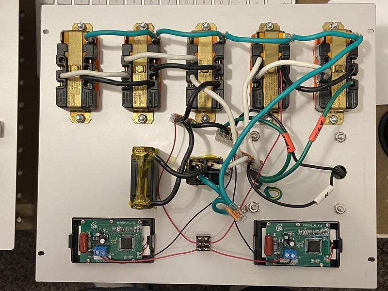 Made my own custom power strip. 50127604557_0ccbc79553_c