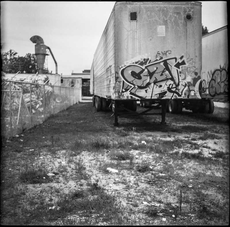 urban landscape, trailers, wire, fence, commercial silo, railroad district, Asheville, NC, Zeiss Ikonta M, Fomapan 200, Moersch Eco film developer, 7.15.20