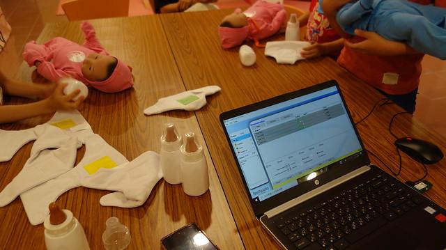 用電腦設定電子寶寶們的反應@Aher性/別教育體驗中心花蓮館