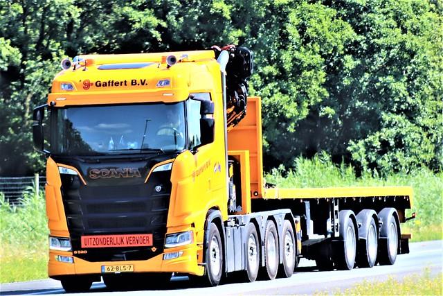 Scania S520, Gaffert, Holland.