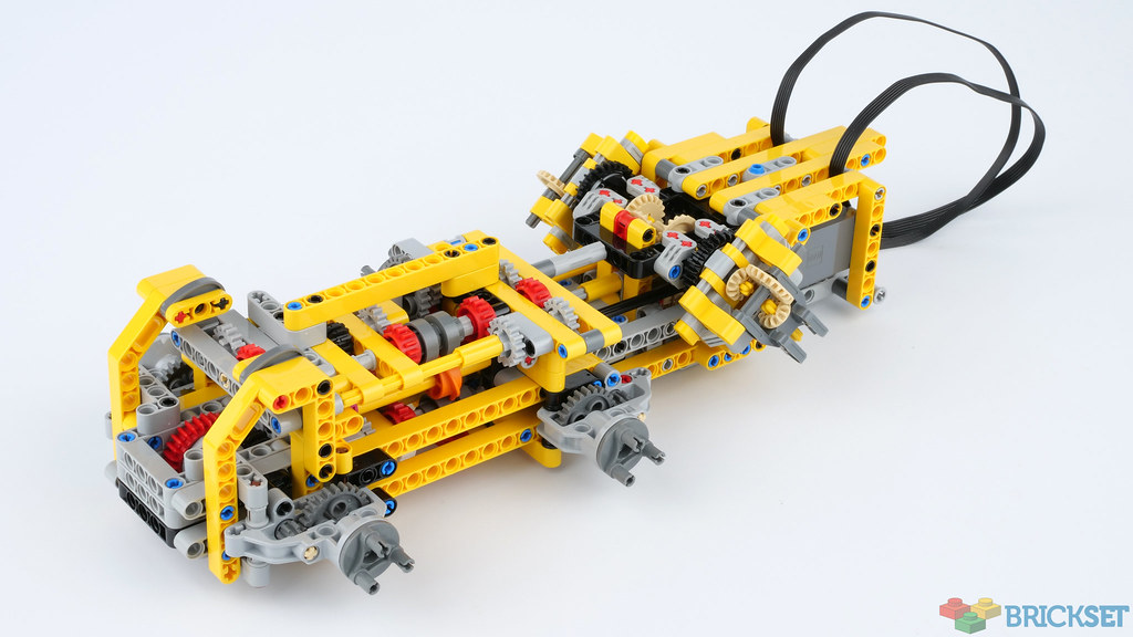 Review 42114 6x6 Volvo Articulated Hauler Brickset Lego Set Guide And Database