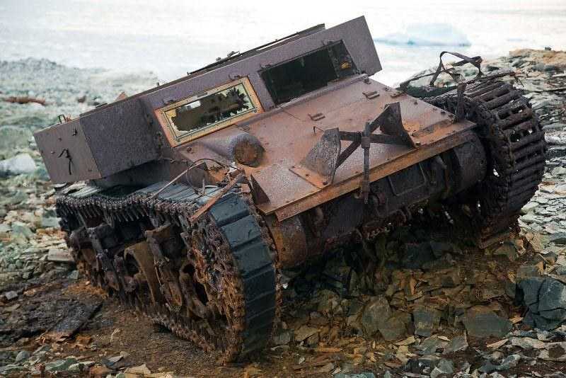 M2A2-light-tank-byrd-expedition-abandoned-ftc-1