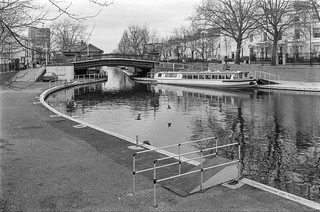 Regents Canal, Little Venice, Westminster, 1987 87-4b-23-positive_2400