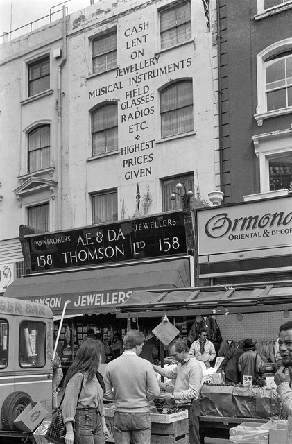 Portobello Rd, Notting Hill, Kensington & Chelsea, 1987 87-4d-41-positive_2400