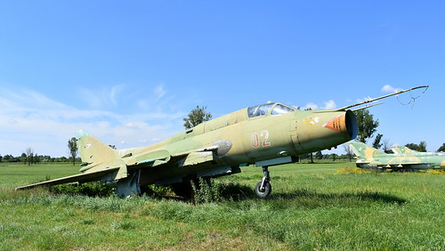 aviation aircraft hungary wr wrecks relics pápa mig21 su22 storage area stored