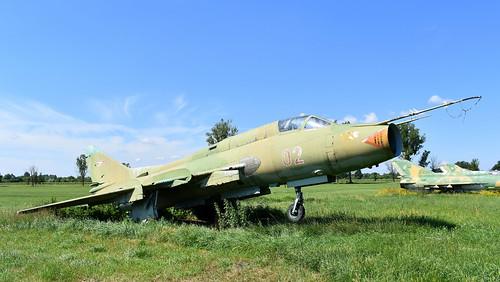 aviation aircraft hungary wr wrecks relics pápa mig21 su22 storage area stored