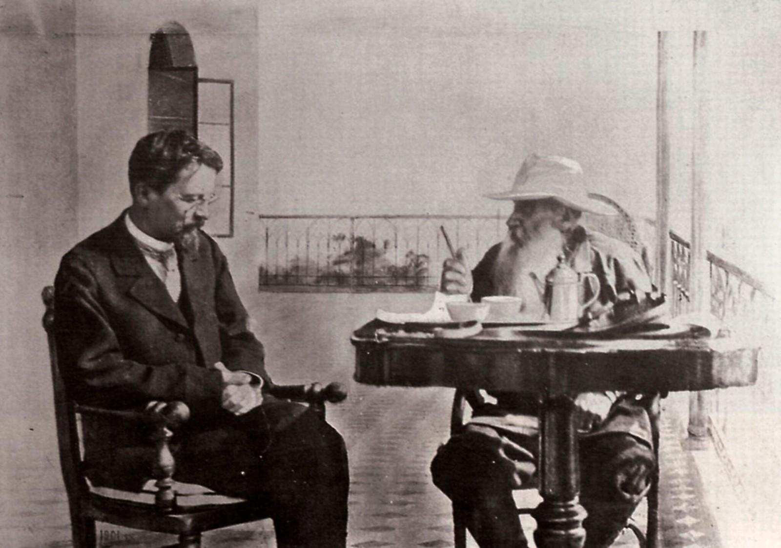 1902. А.П. Чехов и Л.Н. Толстой в доме Толстого в Гаспре
