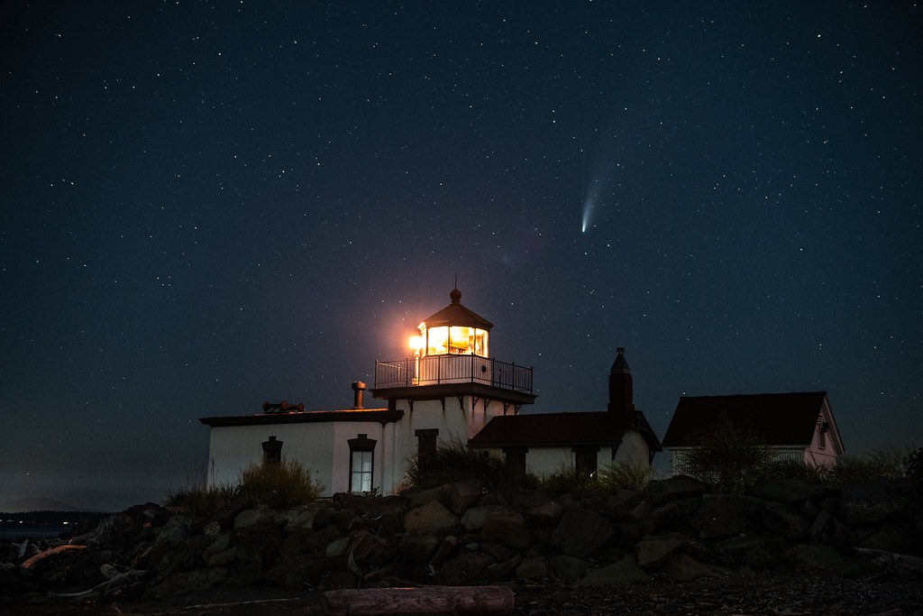 Neowise over West Point Lighthouse