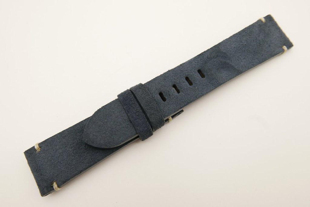 P1640201 (FILEminimizer)   by Ziczac Leather