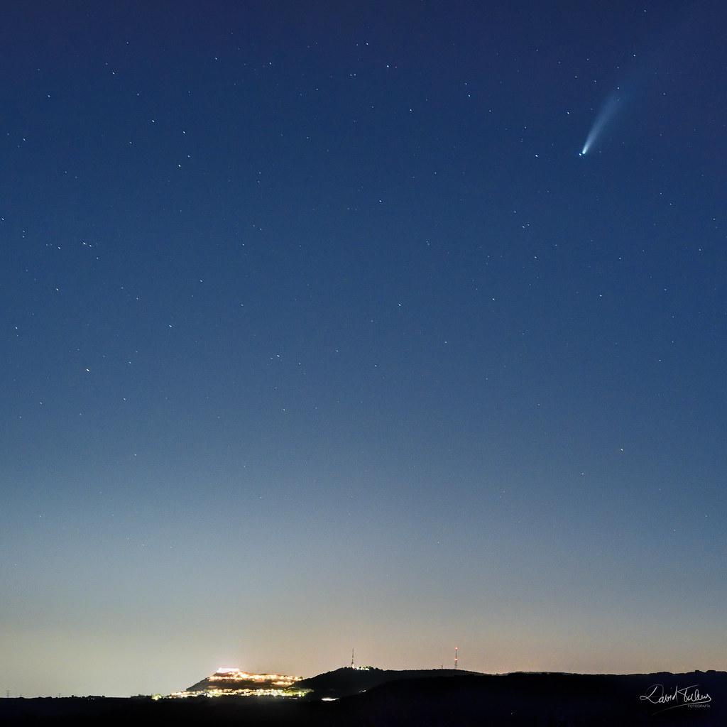 NEOWISE cap al Castell de Chinchilla
