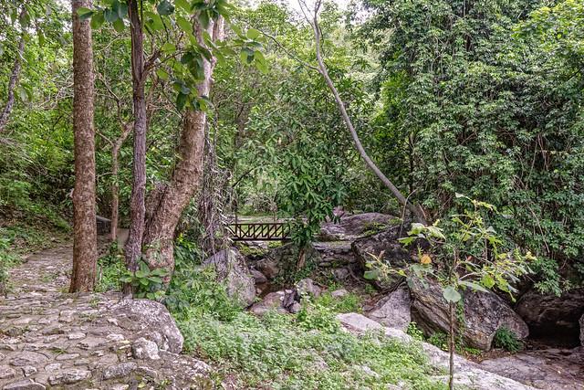 Huaykeaw Waterfall-16