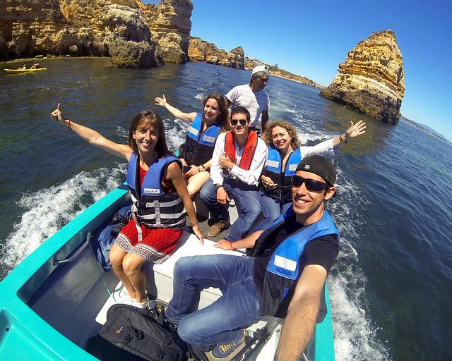 En barco por el Algarve Portugués