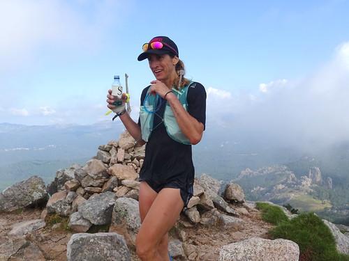 Passage des concurrents au sommet du Monte Calva (1381m)