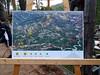 Le panneau du parcours du trail exposé au Parc-Aventure à côté du départ