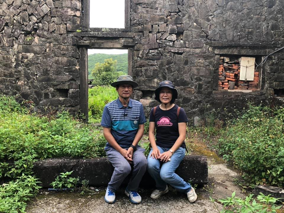 屋主楊林瑞,多年來協同妻子一同整合產權、為樓仔厝申請文資身份奔走,期許未來捐獻做為公益博物館,推動地方創生。攝影:蕭紫菡。