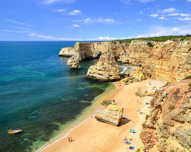 Playa de Marinha, un imprescindible que ver en el Algarve