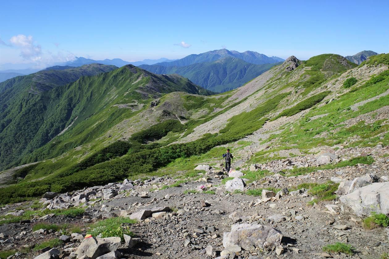 南アルプス・農鳥岳~広河内岳稜線