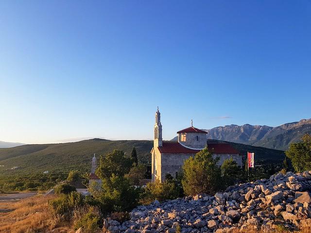 Crkva u grblju
