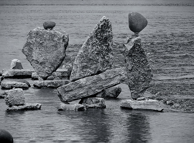 Rock Balance 3 ... (c)rebfoto