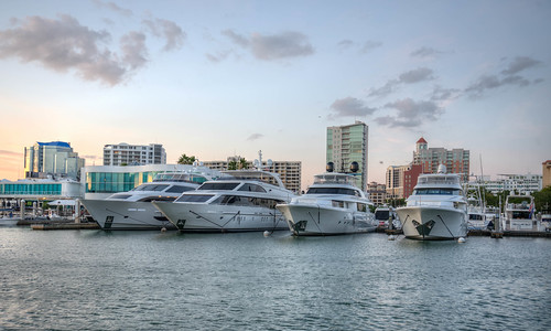 sarasota harbor boat boating water marina florida sun sunset skyline city downtown sarasotaflorida sarasotaharbor