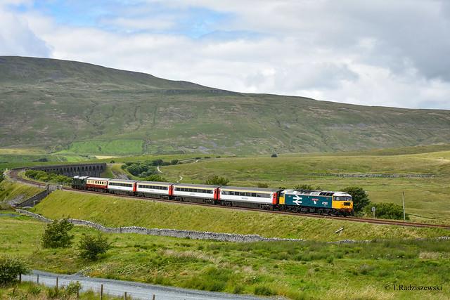 47593 t&t 37521 - Ribblehead - 20/07/20.