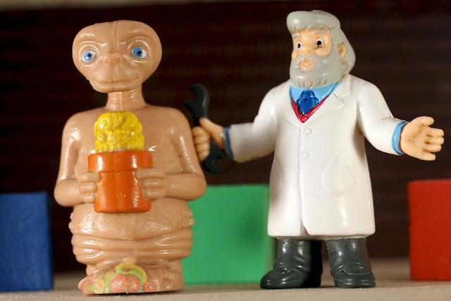 That's ET! - Bijou Planks 202/365