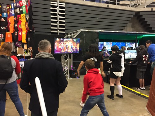 Dancing video game, Armageddon Expo