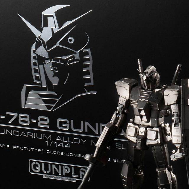 最新金屬成形技術打造!《機動戰士鋼彈》鋼彈合金組裝模型 1/144比例 RX-78-2 鋼彈(ガンダリウム合金モデル 1/144 RX-78-2 ガンダム)【期間限定販售】