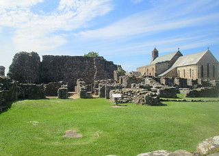 Lindisfarne Priory, Holy Island, English Heritage | by piningforthewest