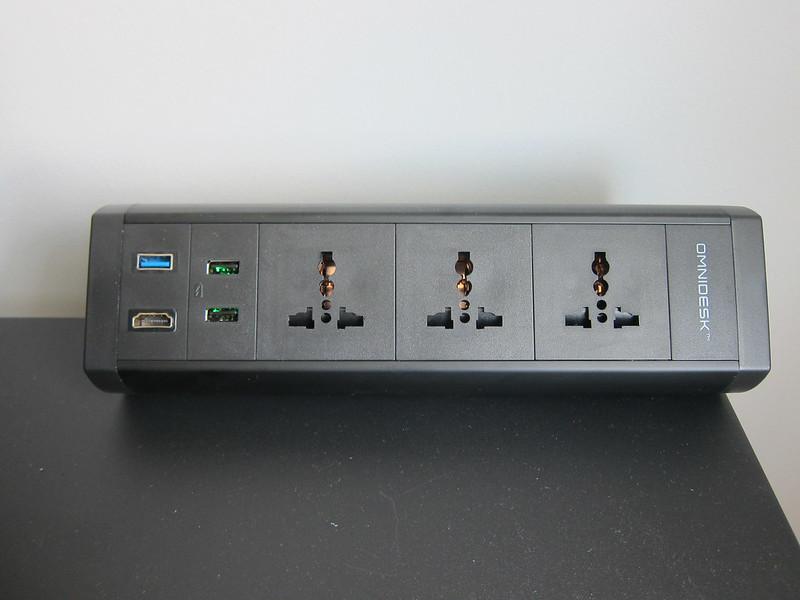 Omnidesk Pro 2020 - Power Clamp