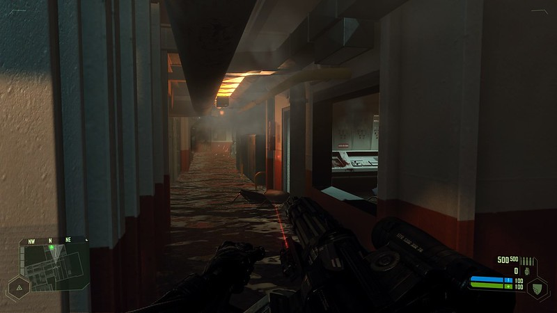Crysis - Ultra Settings - Flooded Corridor