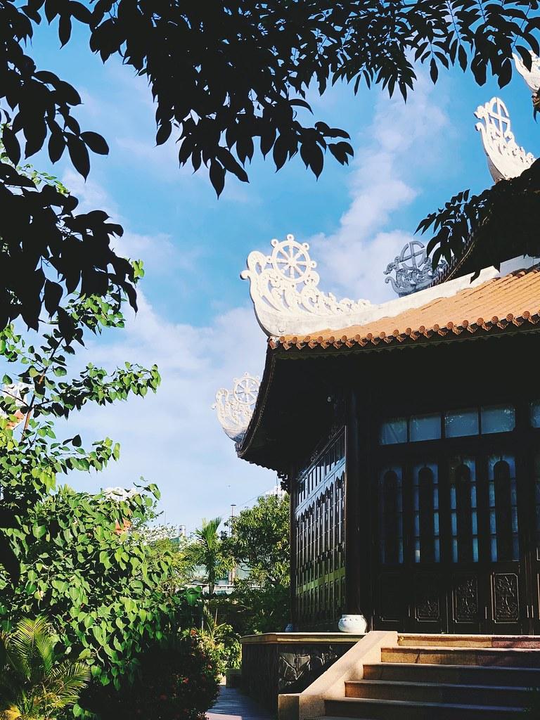 Ngoc Giang temple