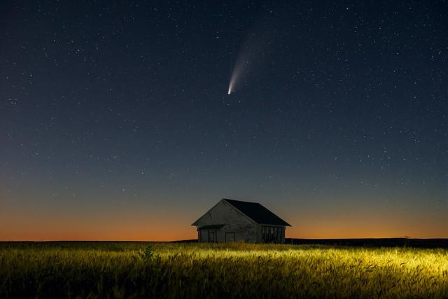 NEOWISE Comet over Neff School I [Explore 7/22/20]