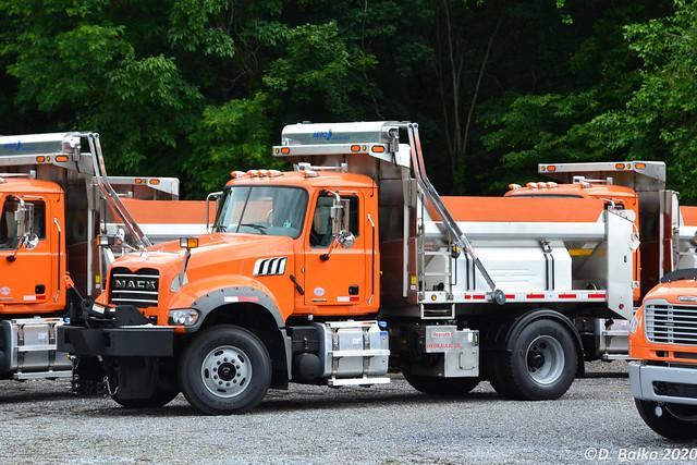 PA Turnpike 2020 Mack GR42F Plow Truck