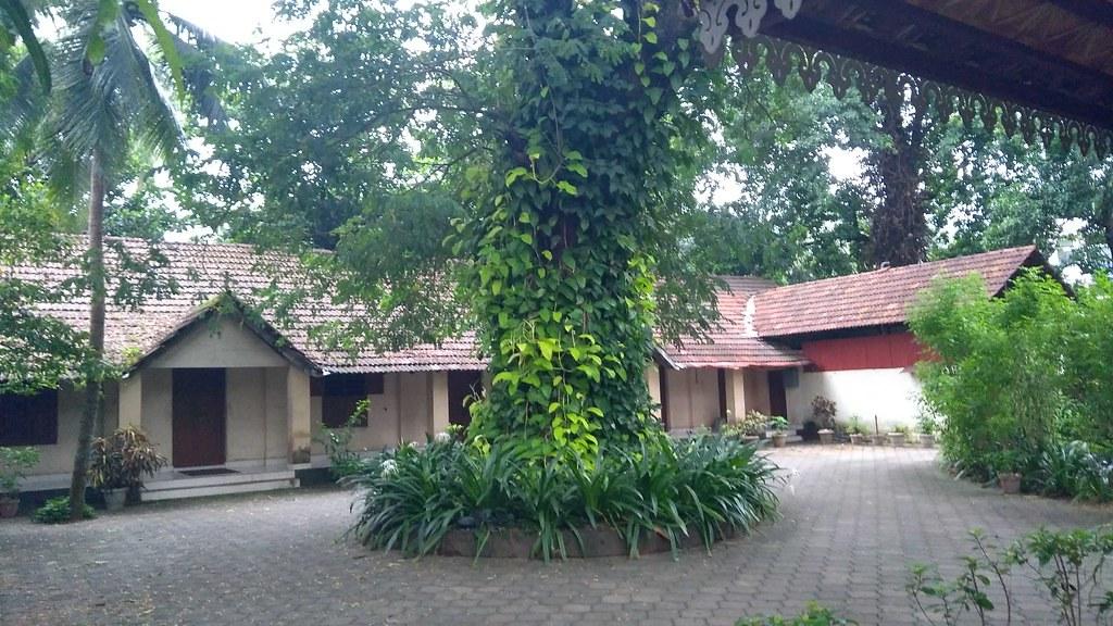 Ashrama_campus_02