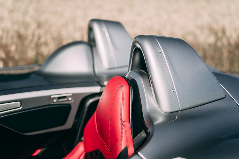 Mercedes-SLR-McLaren-Stirling-Moss-29