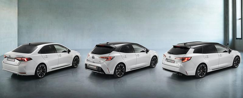 2021-Toyota-Corolla-GR-Sport-family-European-spec-2